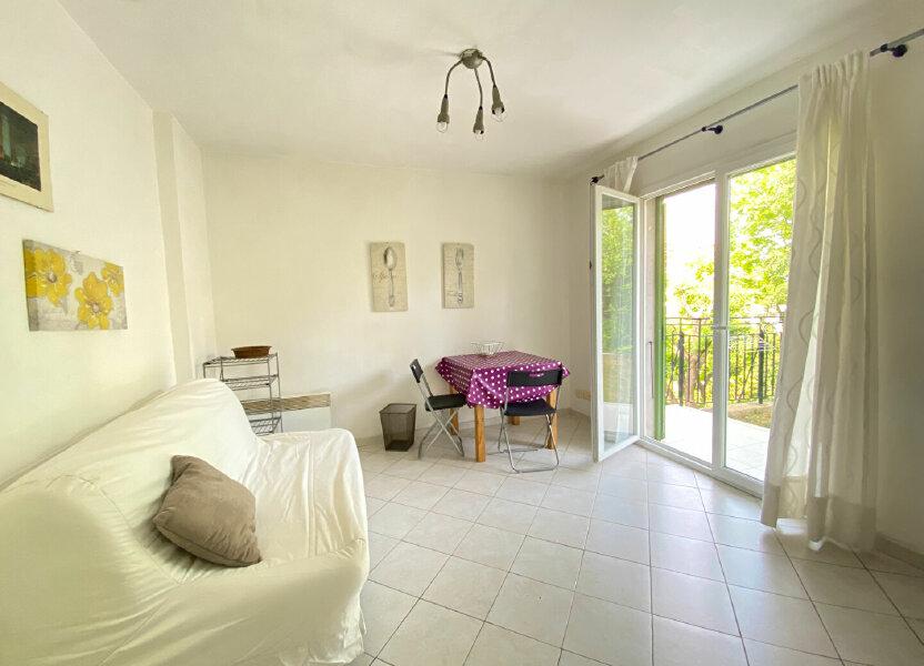 Appartement à louer 18m2 à Nice