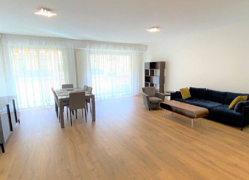 Appartement à louer 79m2 à Nice