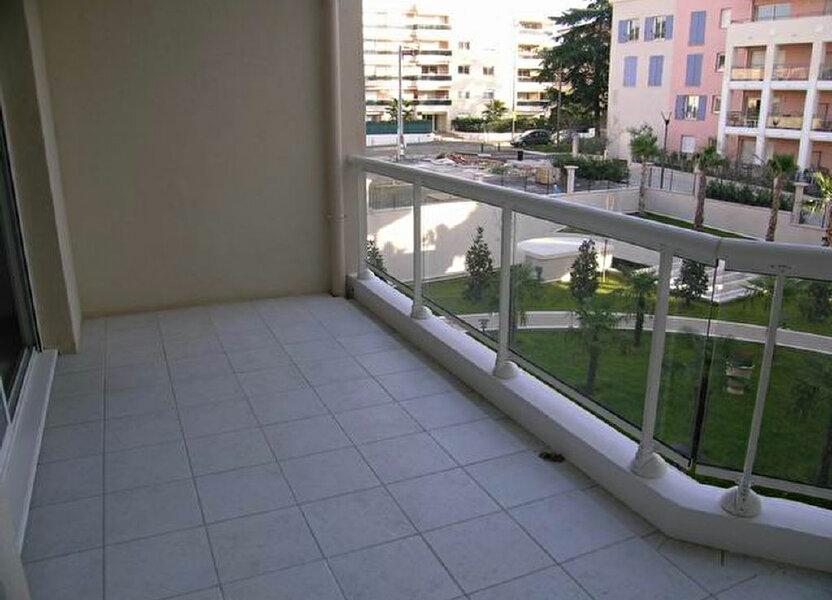 Appartement à louer 60.55m2 à Cagnes-sur-Mer