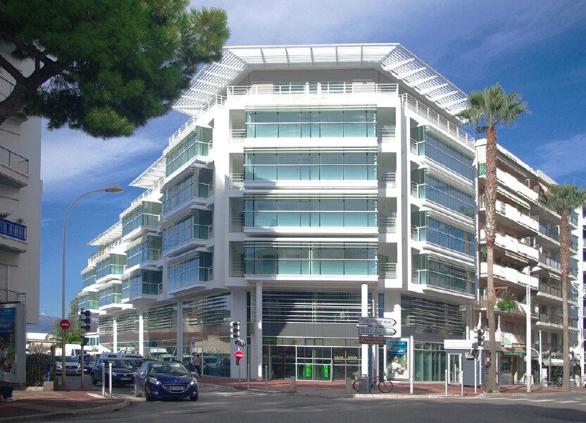 Appartement à louer 63.64m2 à Cagnes-sur-Mer