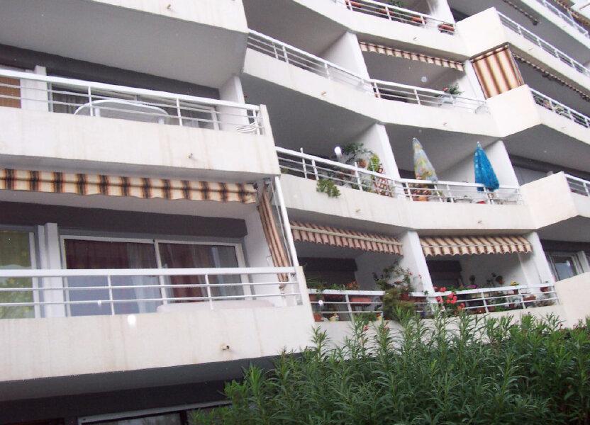 Appartement à louer 48m2 à Saint-Raphaël