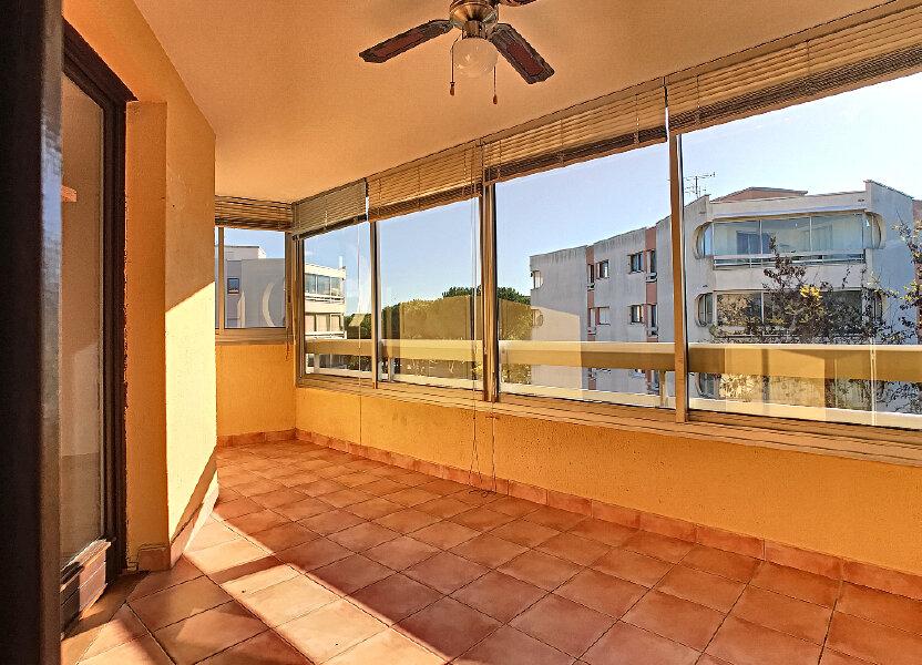 Appartement à louer 70m2 à Fréjus