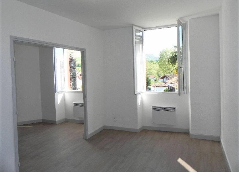 Appartement à louer 57m2 à Espelette