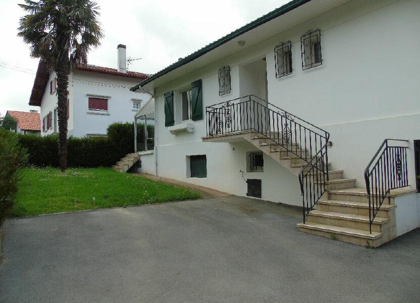 Appartement à louer 98.41m2 à Hasparren