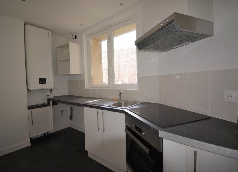 Appartement à louer 64.41m2 à Brest