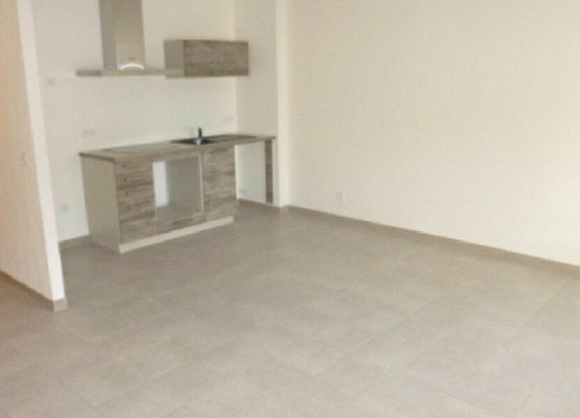 Appartement à louer 54.69m2 à La Fare-les-Oliviers