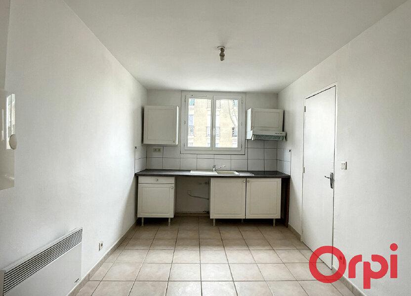Appartement à louer 26.5m2 à Miramas
