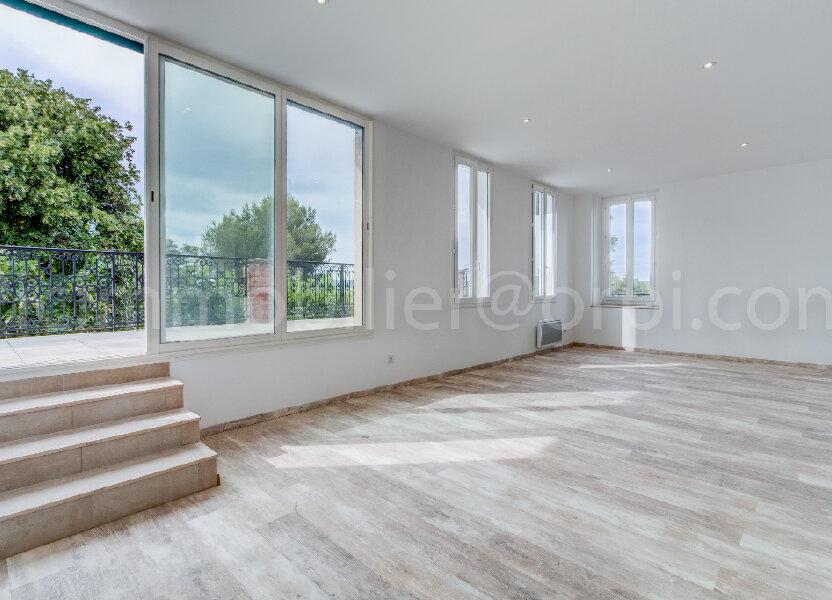 Appartement à louer 88m2 à Saint-Chamas