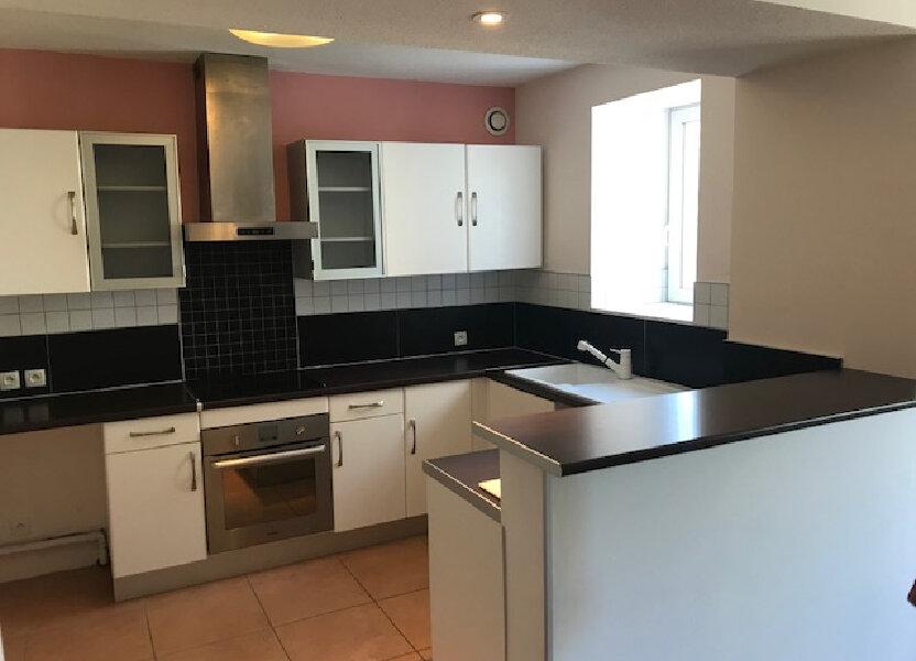Appartement à louer 70.3m2 à Saint-Martin-de-Crau