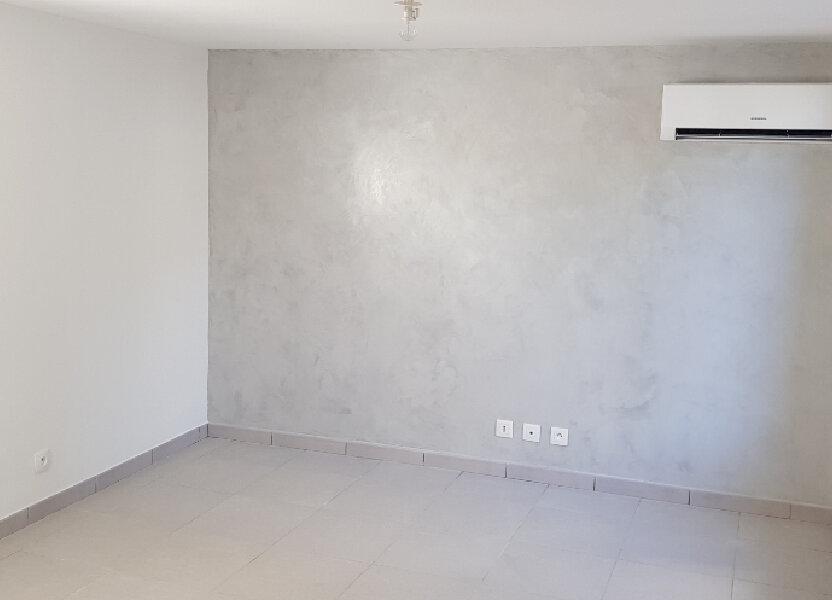 Appartement à vendre 20.47m2 à Saint-Mitre-les-Remparts