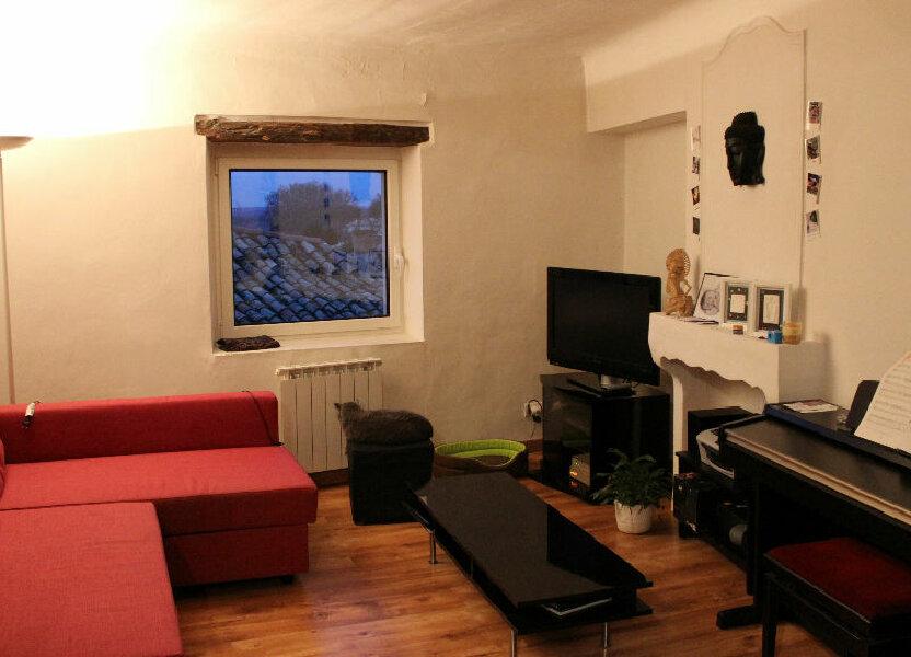Appartement à louer 62m2 à Lambesc
