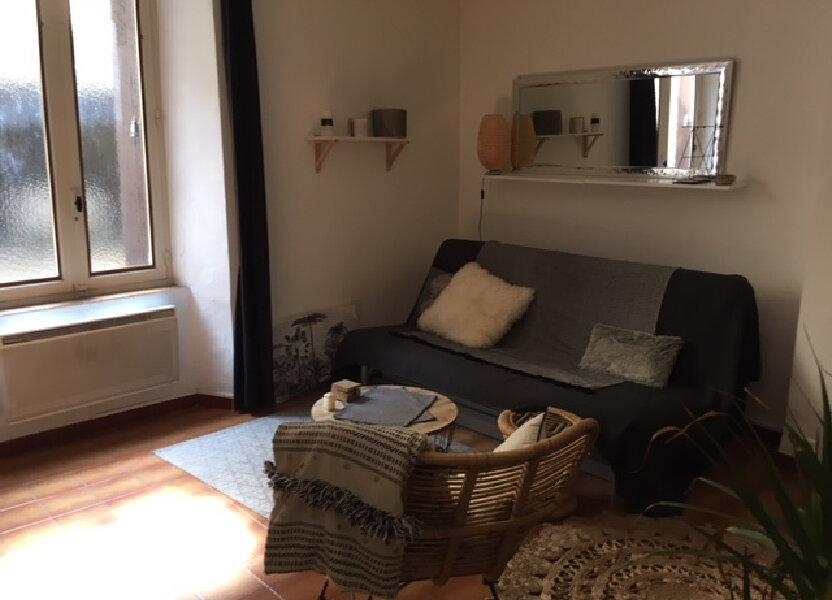 Appartement à louer 27m2 à Lambesc