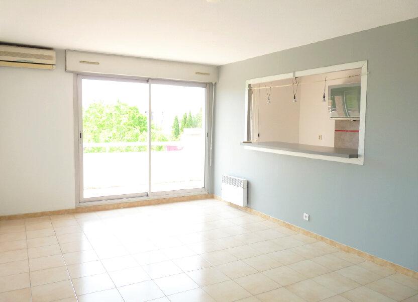 Appartement à louer 69.3m2 à Marignane