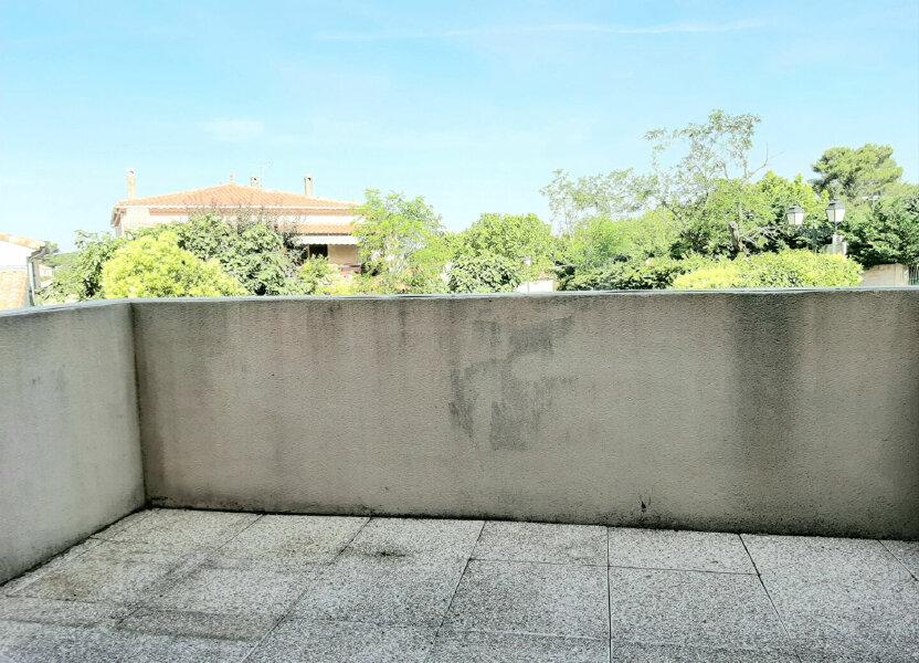 Appartement à louer 41m2 à Belcodène