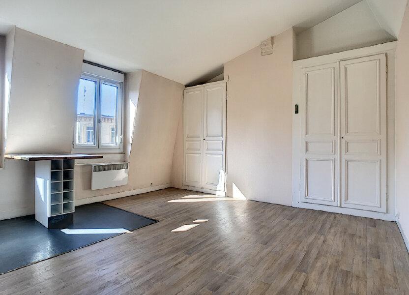 Appartement à louer 38.43m2 à Lille