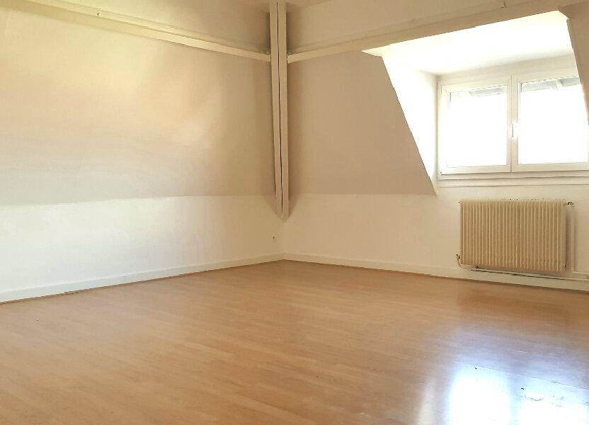 Appartement à louer 66.7m2 à Tourcoing