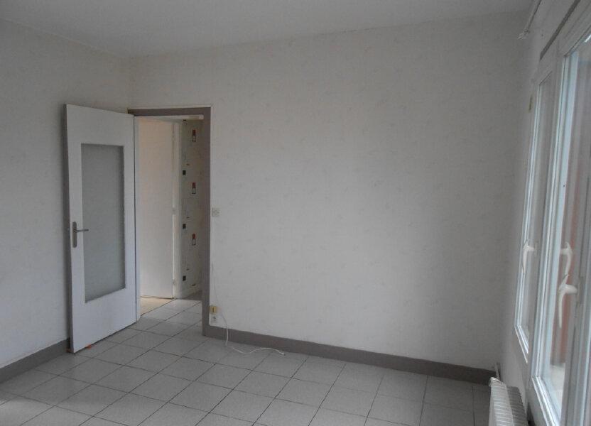 Appartement à louer 64.01m2 à Sainte-Geneviève-des-Bois