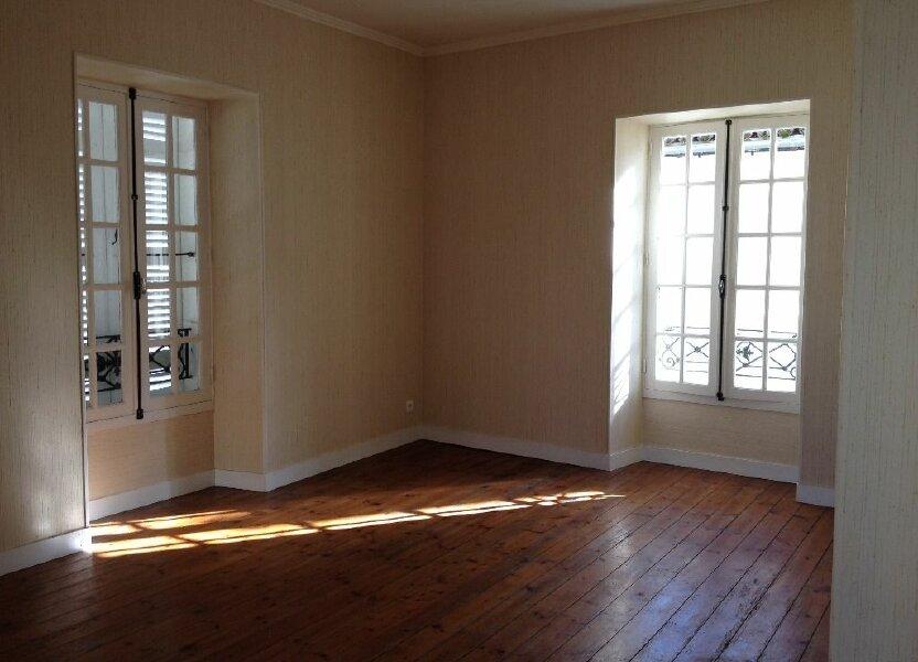 Appartement à louer 107m2 à Saint-Astier
