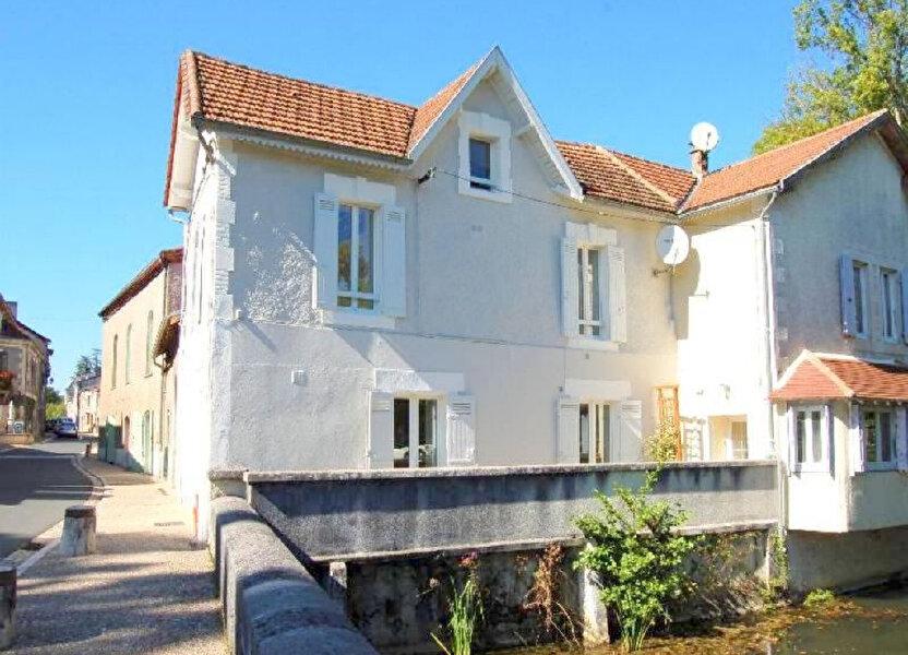 Maison à louer 80m2 à Château-l'Évêque