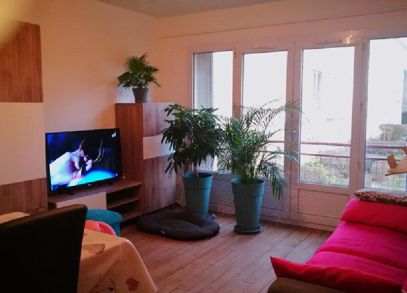 Appartement à louer 68m2 à Saint-Astier