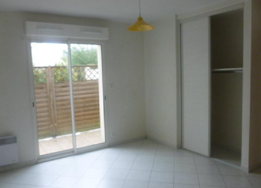 Appartement à louer 19m2 à Bures-sur-Yvette