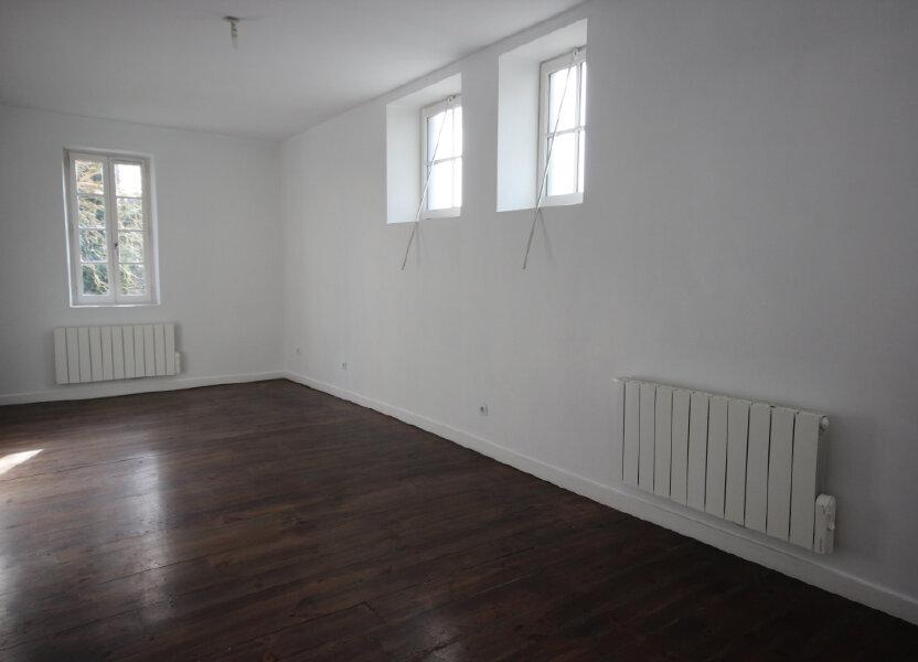 Appartement à louer 75m2 à Orthez