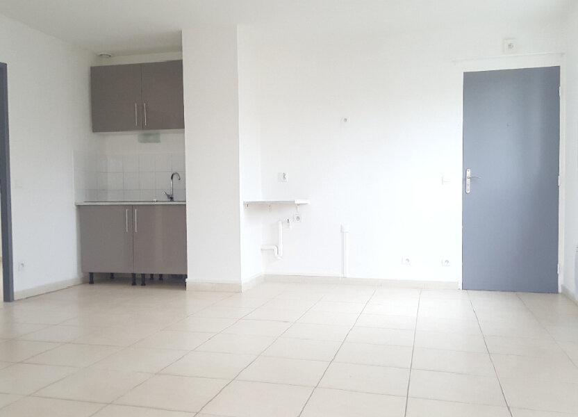 Appartement à louer 52.71m2 à Saint-Brès