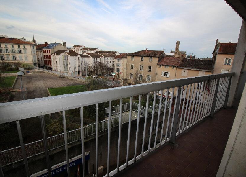 Appartement à louer 71.14m2 à Limoges
