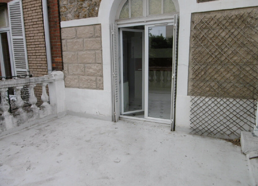 Appartement à louer 42.22m2 à Reims