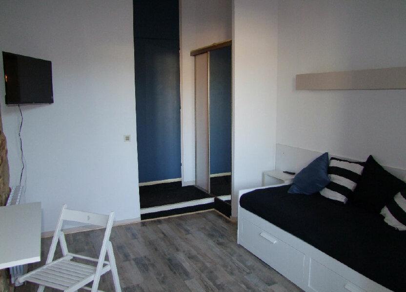 Appartement à louer 17m2 à Dax