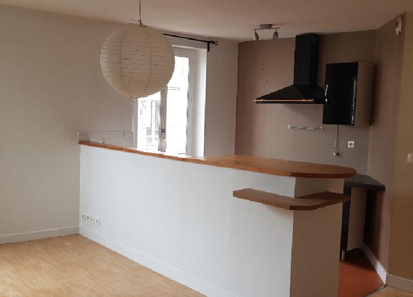 Appartement à louer 59.28m2 à Nemours