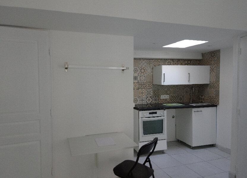 Appartement à louer 24m2 à Nemours