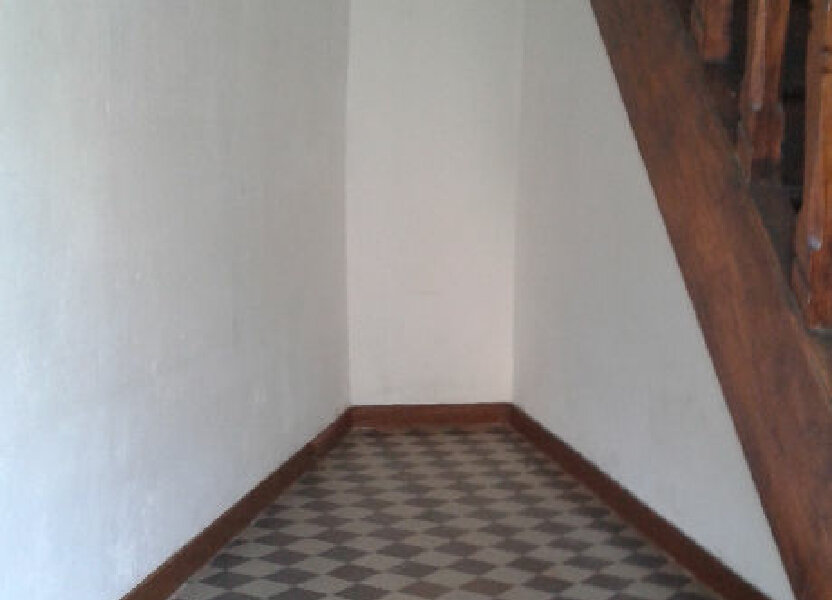 Appartement à louer 74m2 à Château-Landon