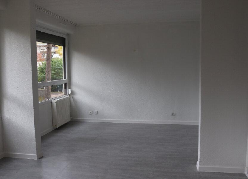 Appartement à vendre 66m2 à Cluses