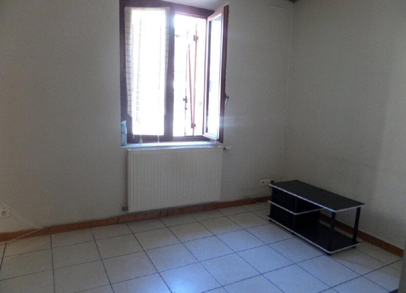 Appartement à louer 31.77m2 à Cluses