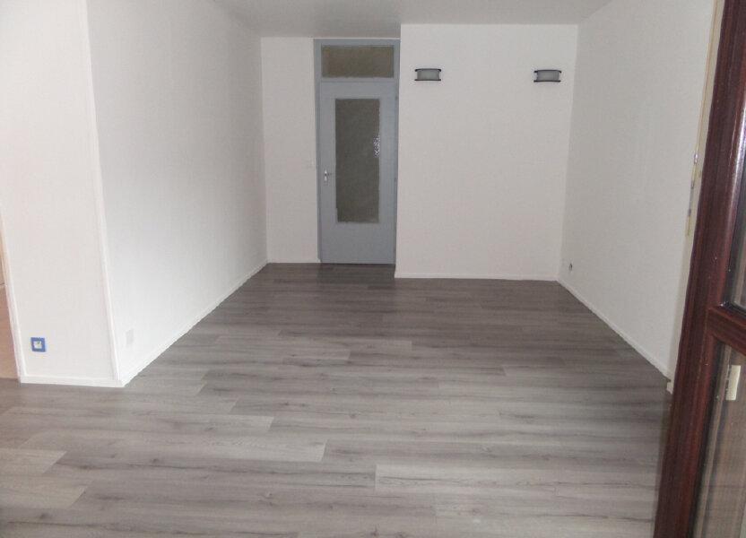 Appartement à louer 86.66m2 à Cluses