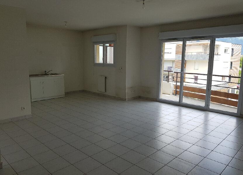 Appartement à louer 69.18m2 à Thyez
