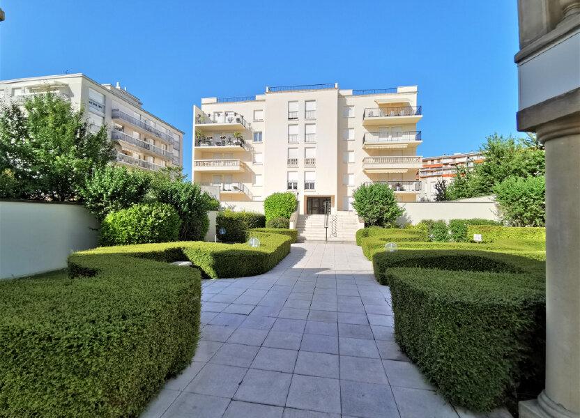 Appartement à louer 110.62m2 à Reims