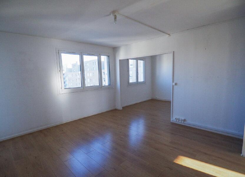 Appartement à louer 71.8m2 à Reims