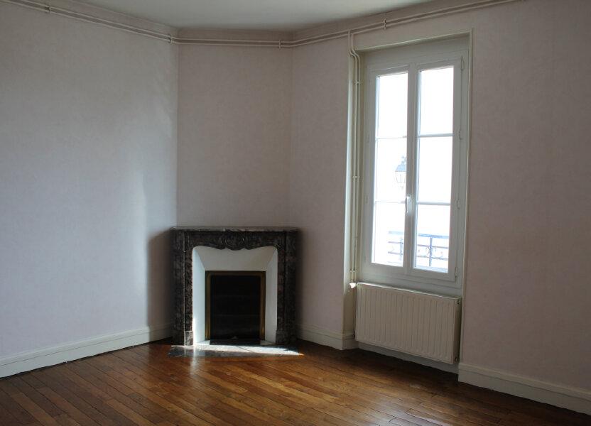 Appartement à louer 55m2 à Salbris