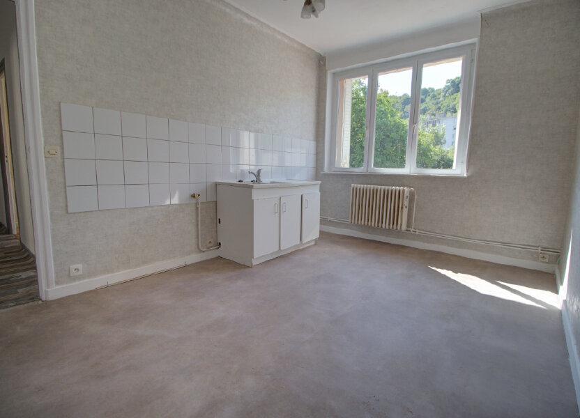 Appartement à louer 88m2 à Joeuf