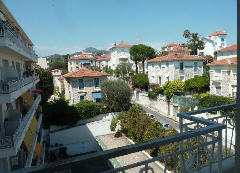 Appartement à louer 33.81m2 à Nice