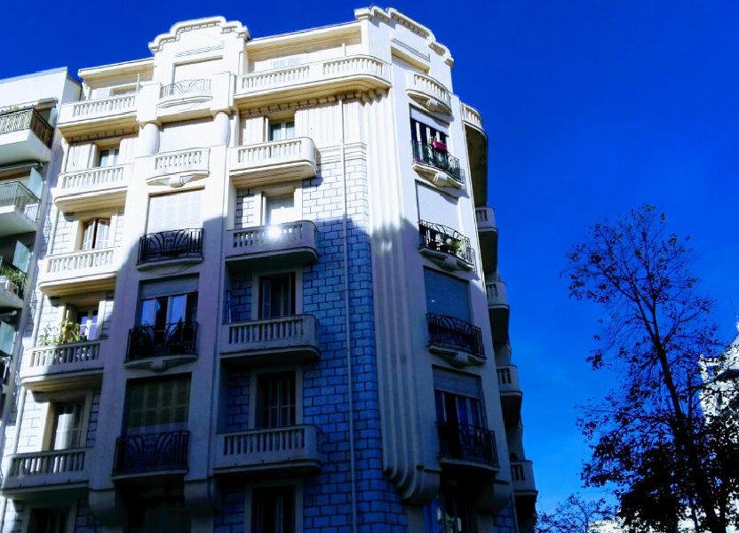 Appartement à louer 51.11m2 à Nice