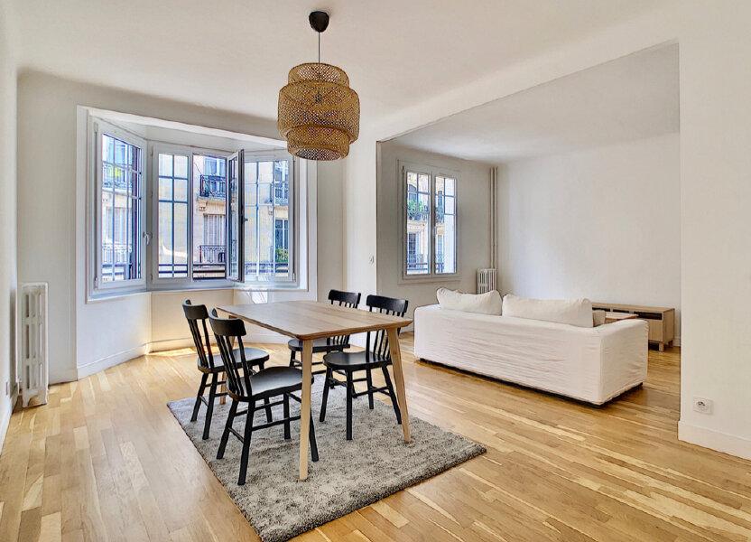 Appartement à louer 80m2 à Paris 15