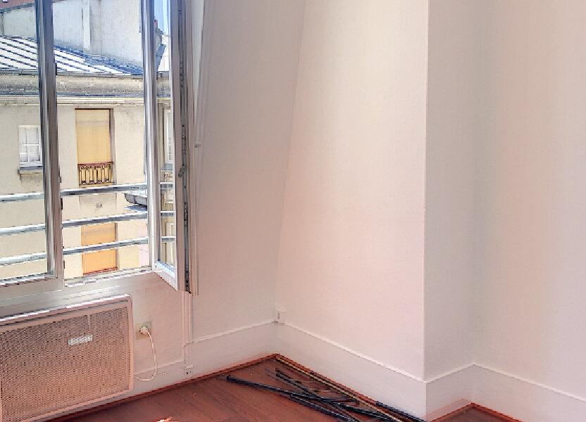 Appartement à louer 21m2 à Paris 14