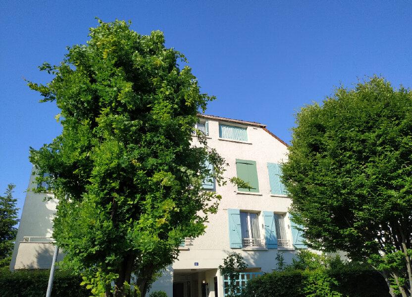 Appartement à louer 84m2 à Wissous
