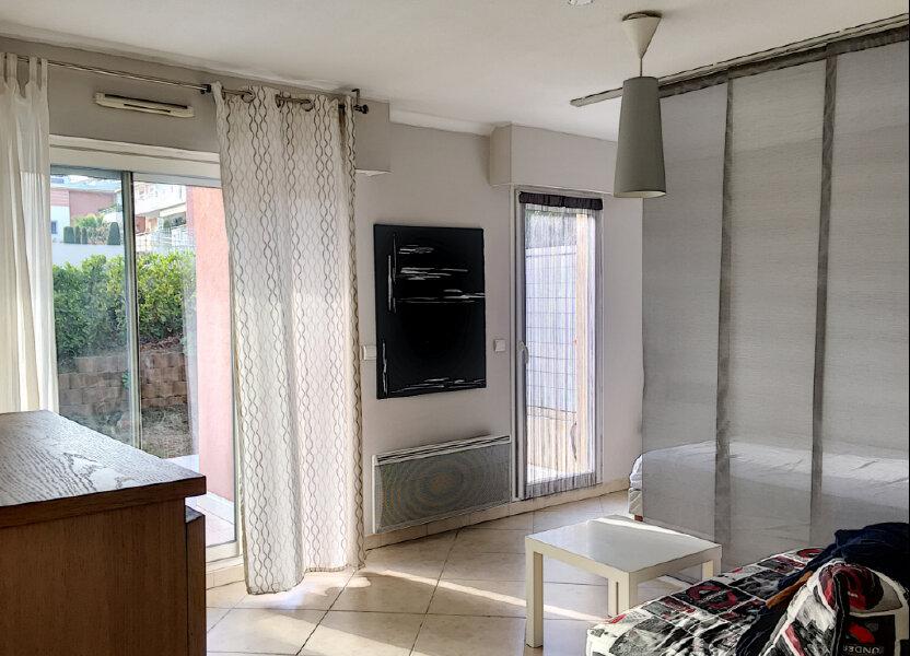 Appartement à louer 31.43m2 à Saint-Laurent-du-Var