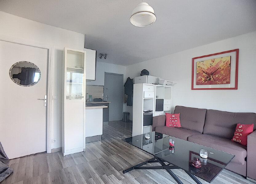 Appartement à louer 26m2 à Antibes