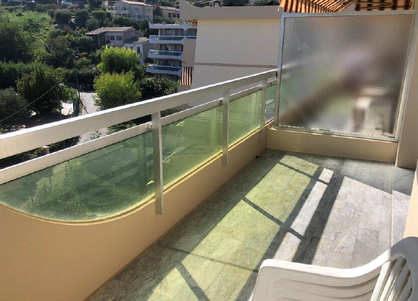 Appartement à louer 26.39m2 à Cannes