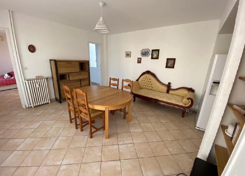 Appartement à louer 57m2 à Juan-les-Pins - Antibes